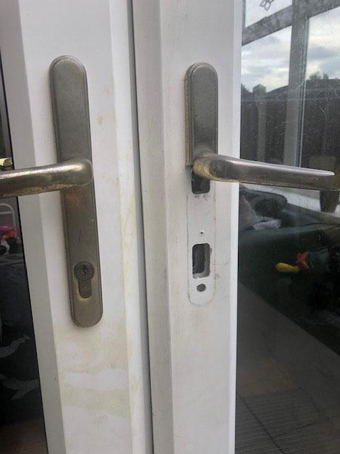 lock snapping burglary